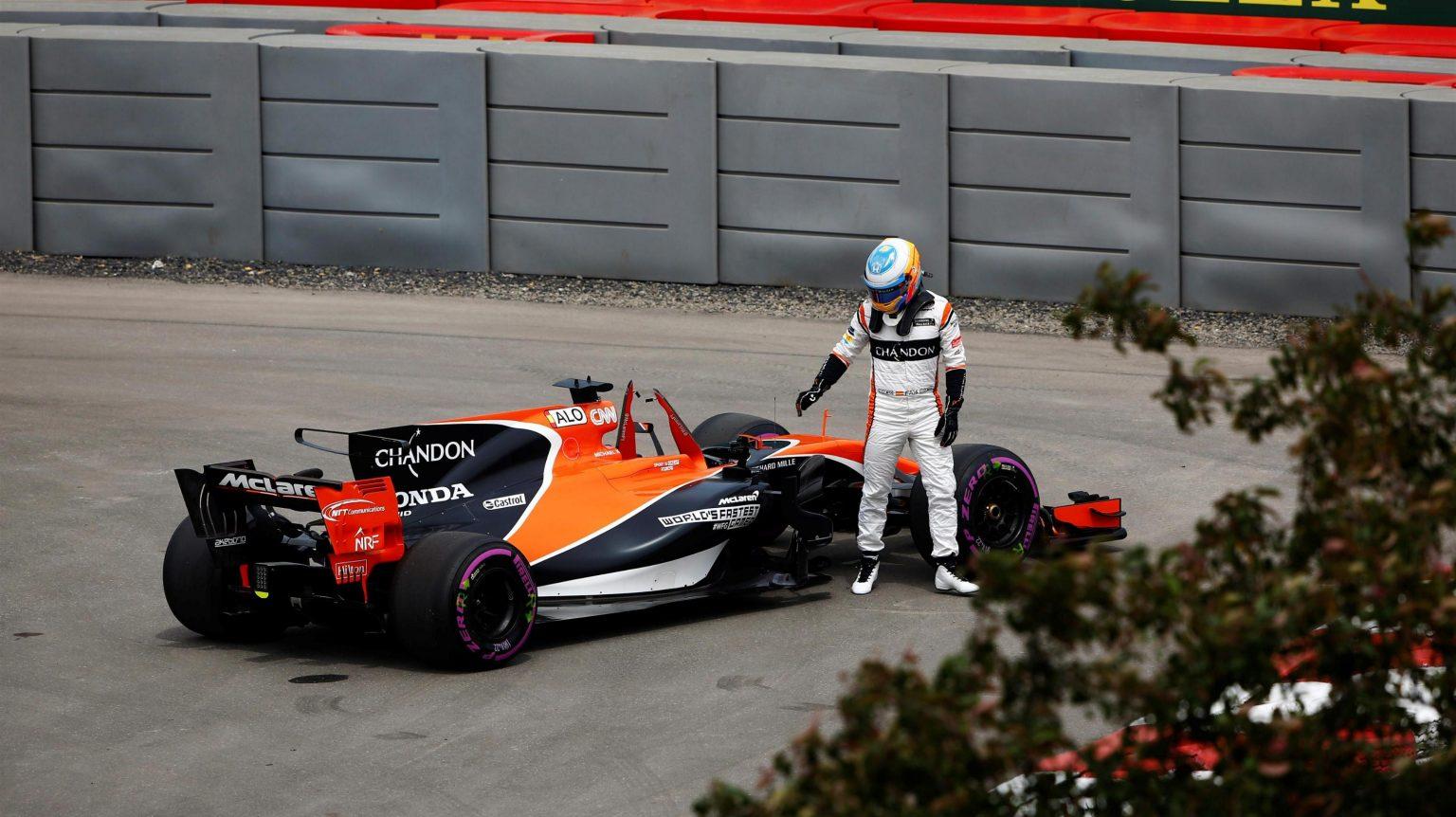 McLaren Honda Split Closer.jpg