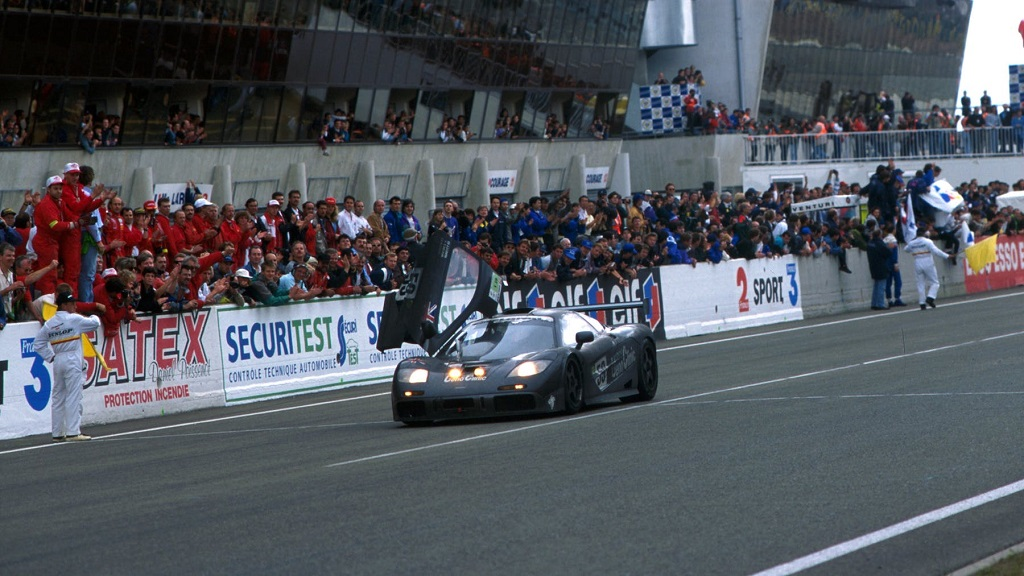 McLaren Le Mans Return 4.jpg