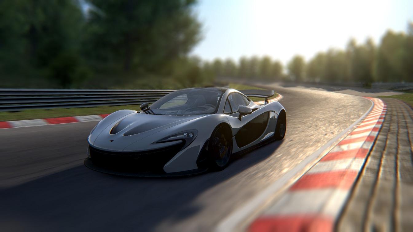 McLaren P1 Review 3.jpg