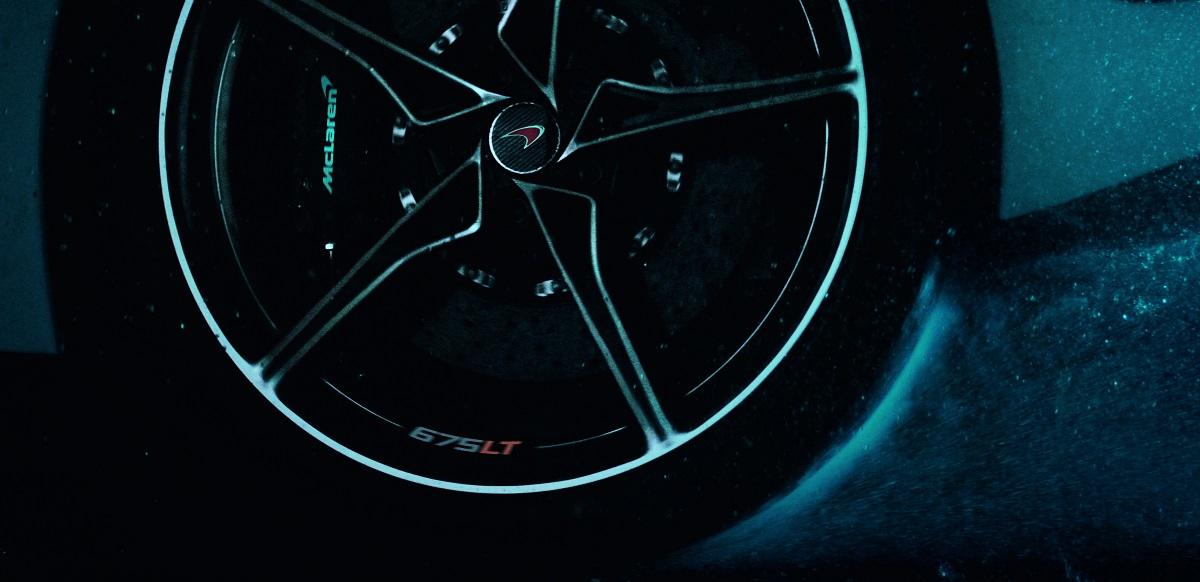 mclaren675lt_wheel_01.jpg