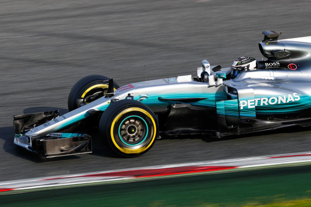Mercedes engine.jpg
