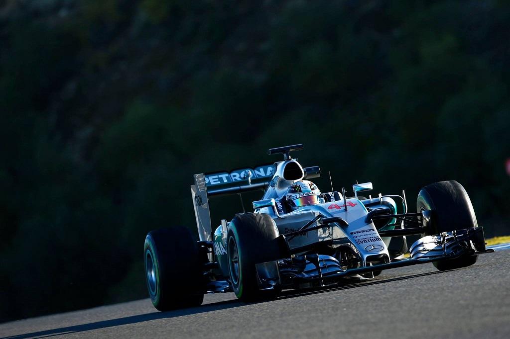 Mercedes F1 2015.jpg