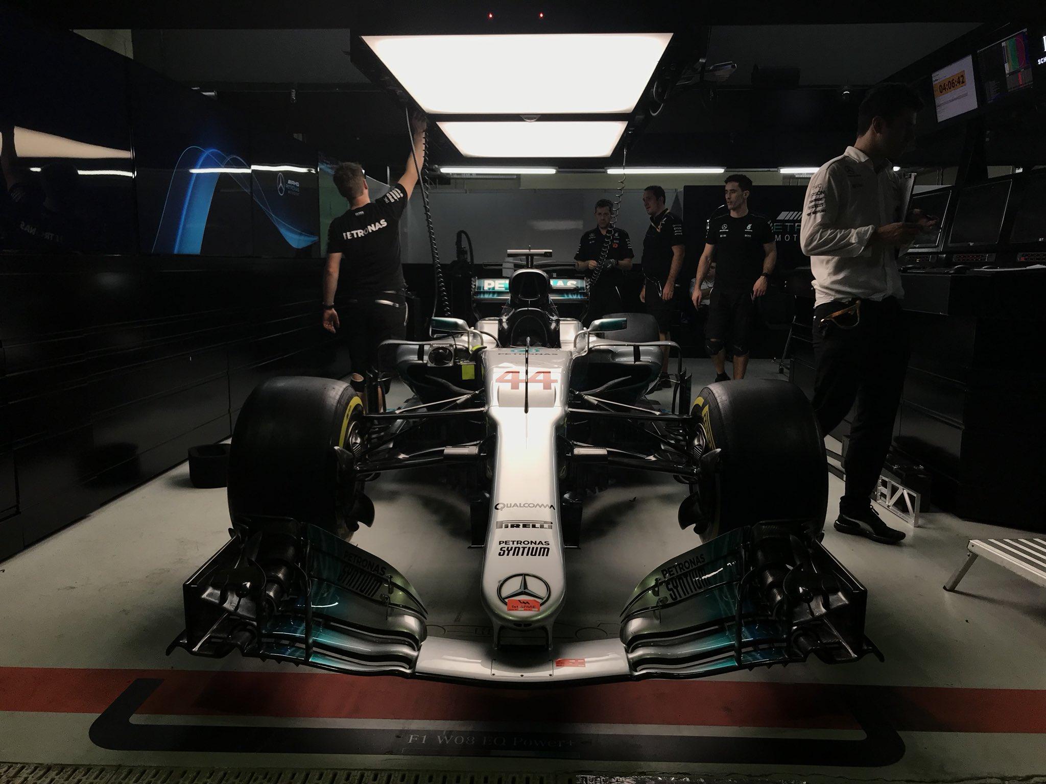 Mercedes Team Gunpoint Robbery.jpg