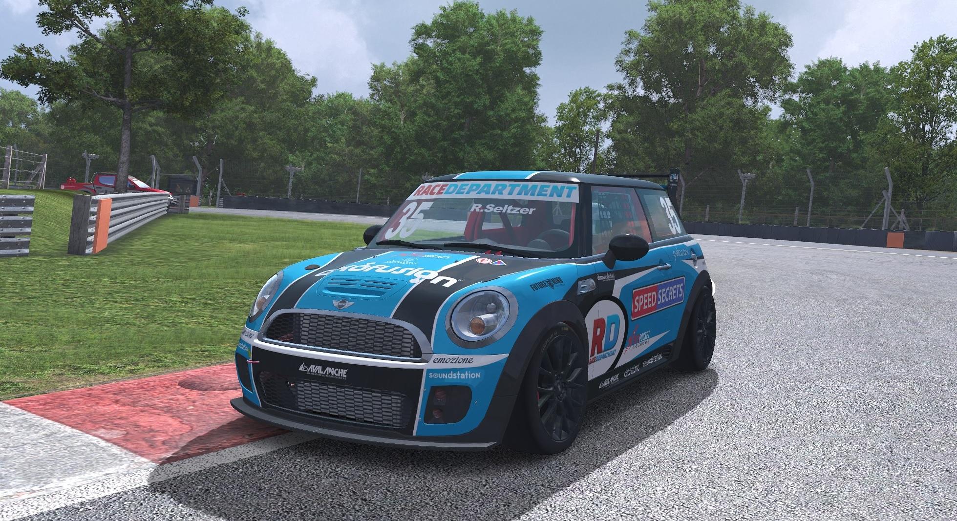 Mini Challenge Car.jpg