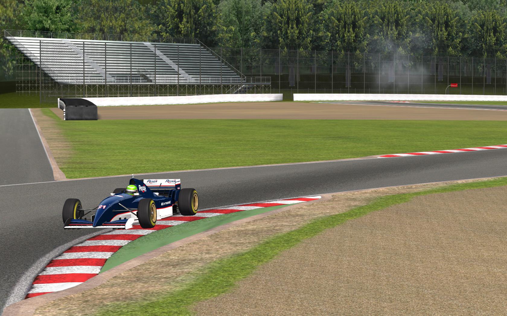 Monza 2.jpg
