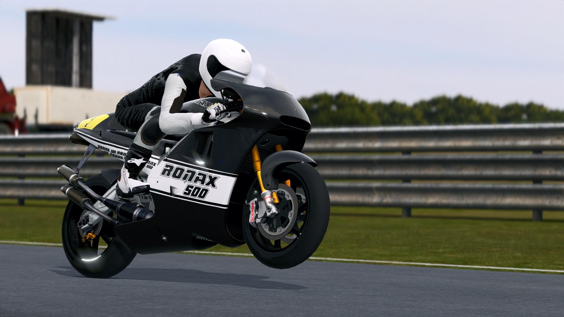 MotoGP14X64.exe_DX11_20140827_002712.jpg