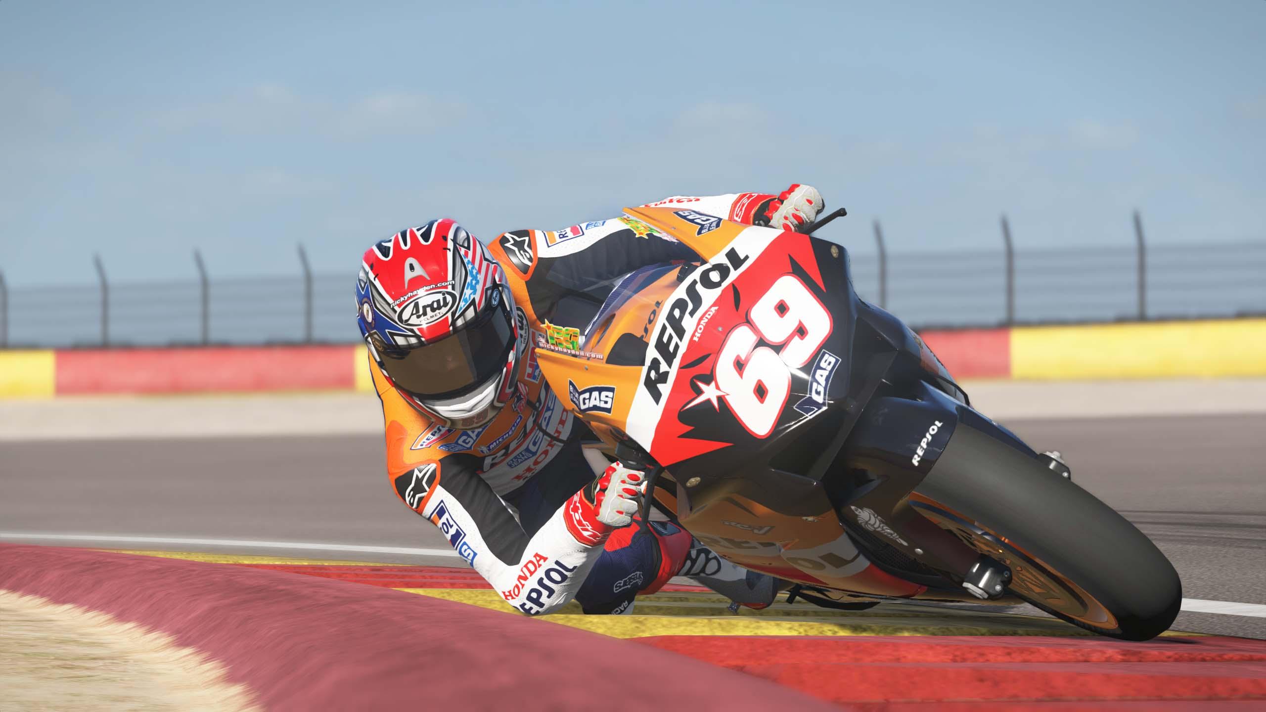 MotoGPVR46X64 2016-08-15 20-05-03-65.jpg