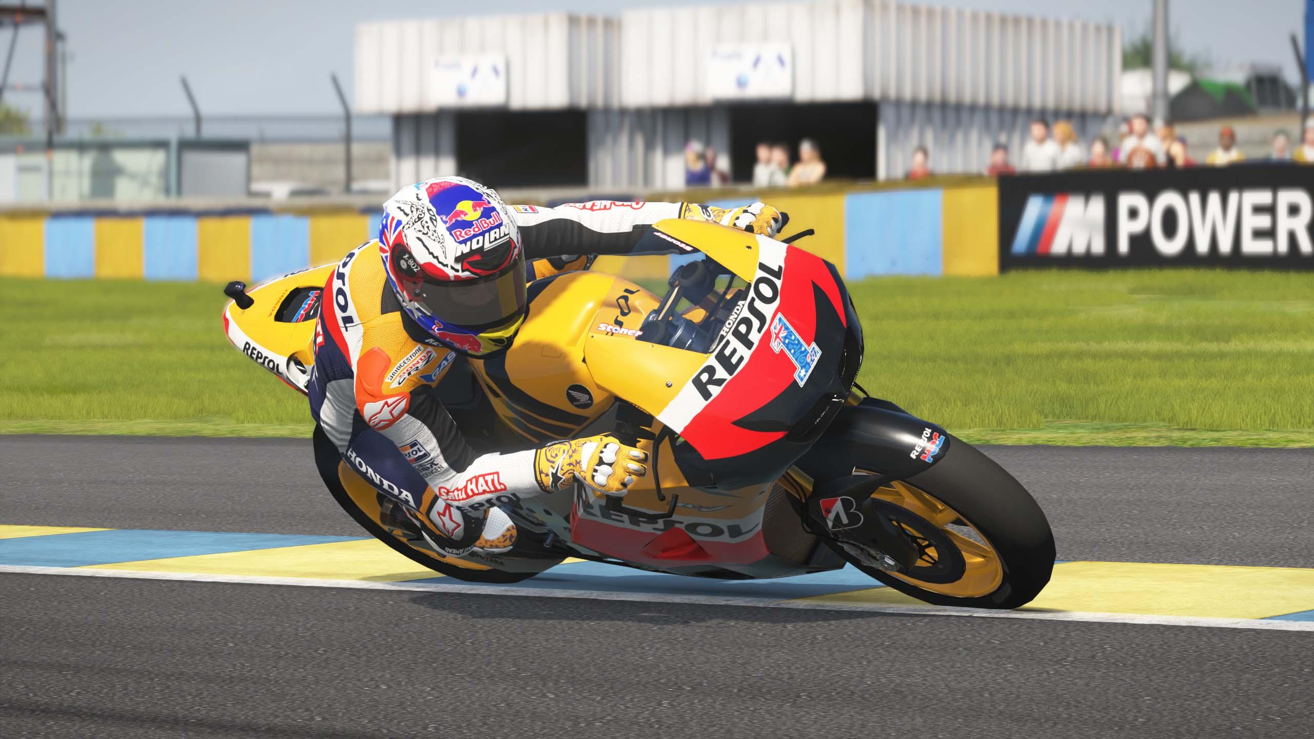 MotoGPVR46X64 2016-09-01 21-42-01-18.jpg