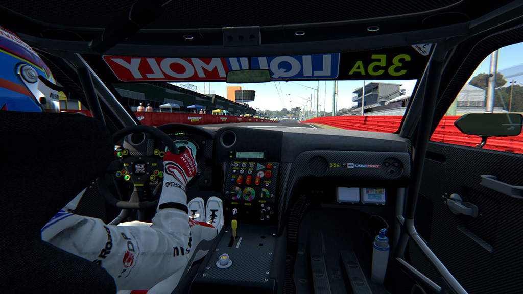 Nissan_GT_Academy_Team_RJN_Bathurst_12H_2015_Assetto Corsa_5.jpg