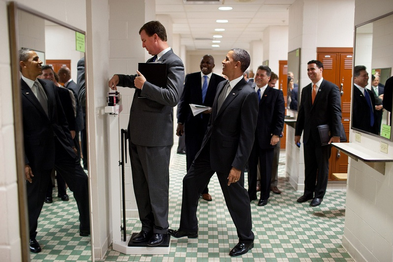 obama-standing-on-scale-practical-joke.jpg