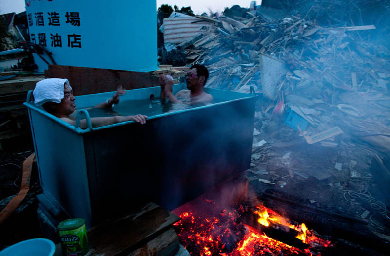 outdoor-hot-tub-in-japan-after-tsunami-earthquake-2011.jpg