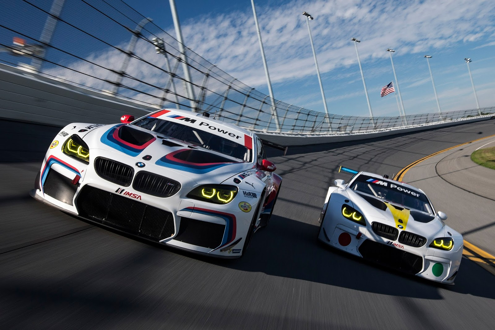 P90246995_highRes_bmw-team-rll-kicks-o.jpg