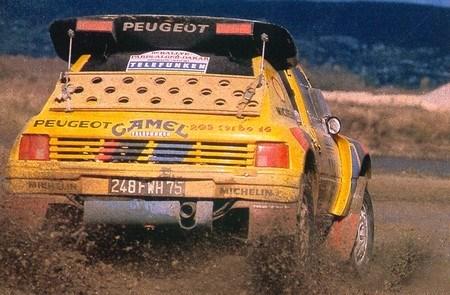 Peugeot-205-T16-Dakar-1987-7.jpg