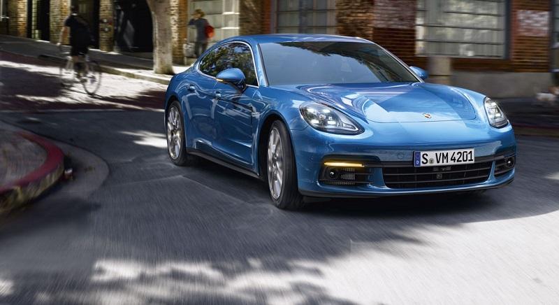 Porsche Panamera.jpg
