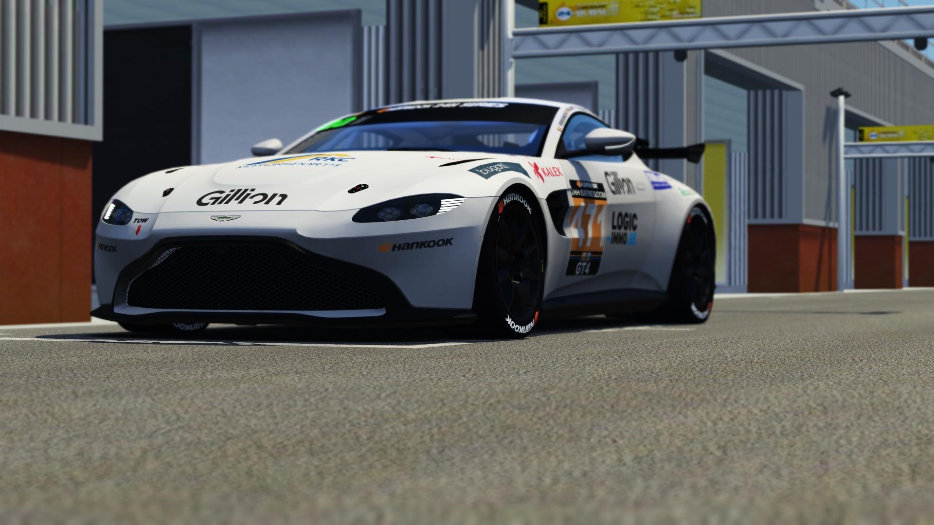 Newbridge Motorsport 24h Series Aston Martin V8 Vantage Gt4 Racedepartment
