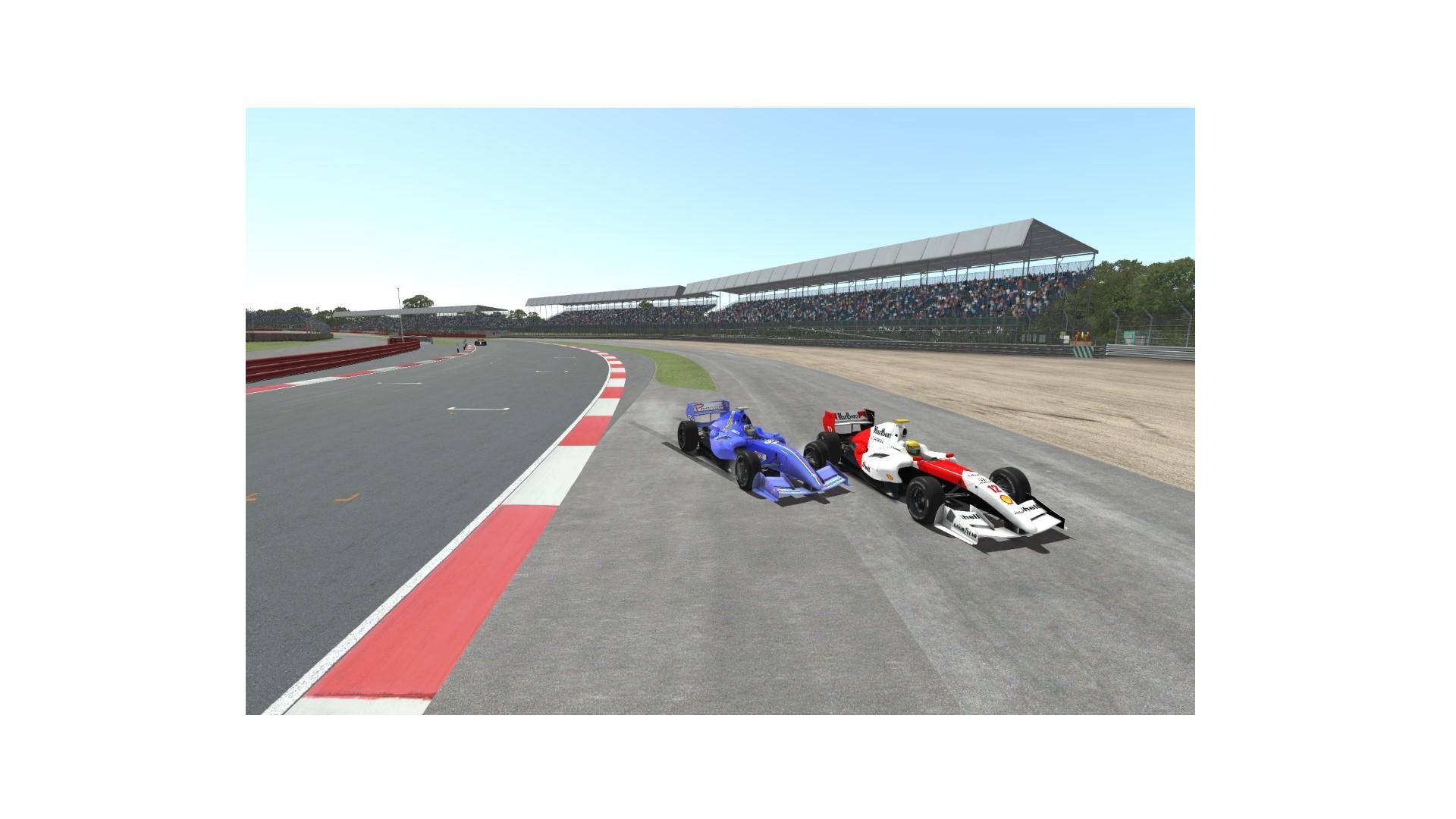 R-Silverstone.jpg