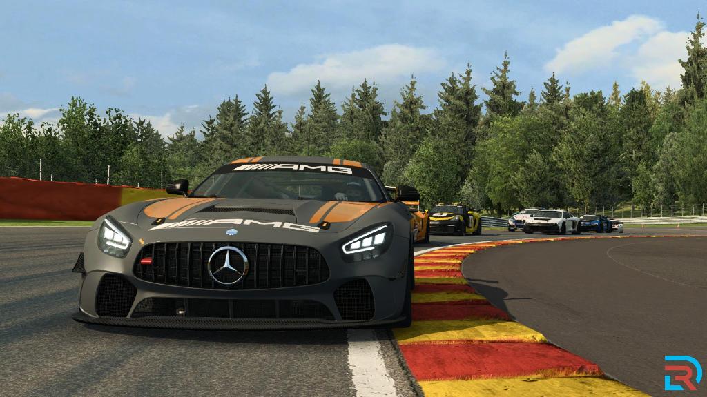 RaceRoom Mercedes GT4 03.jpg