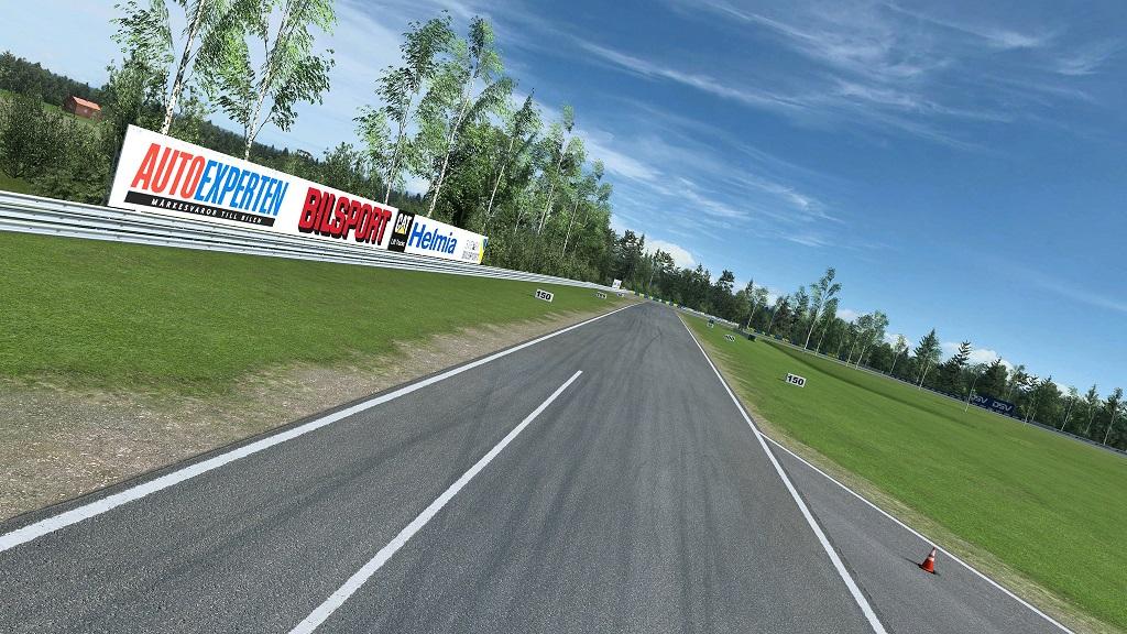 RaceRoom Racing Experience Karlskoga 1.jpg