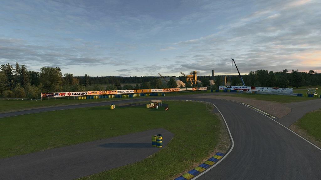 RaceRoom Racing Experience Karlskoga 3.jpg