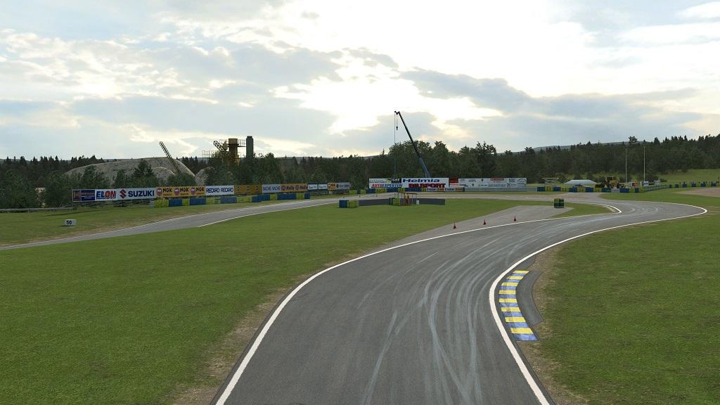 RaceRoom Racing Experience Karlskoga.jpg