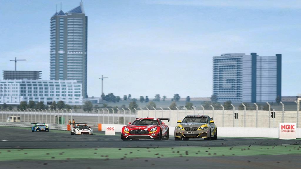 RaceRoom Updated - Dubai Released.jpg