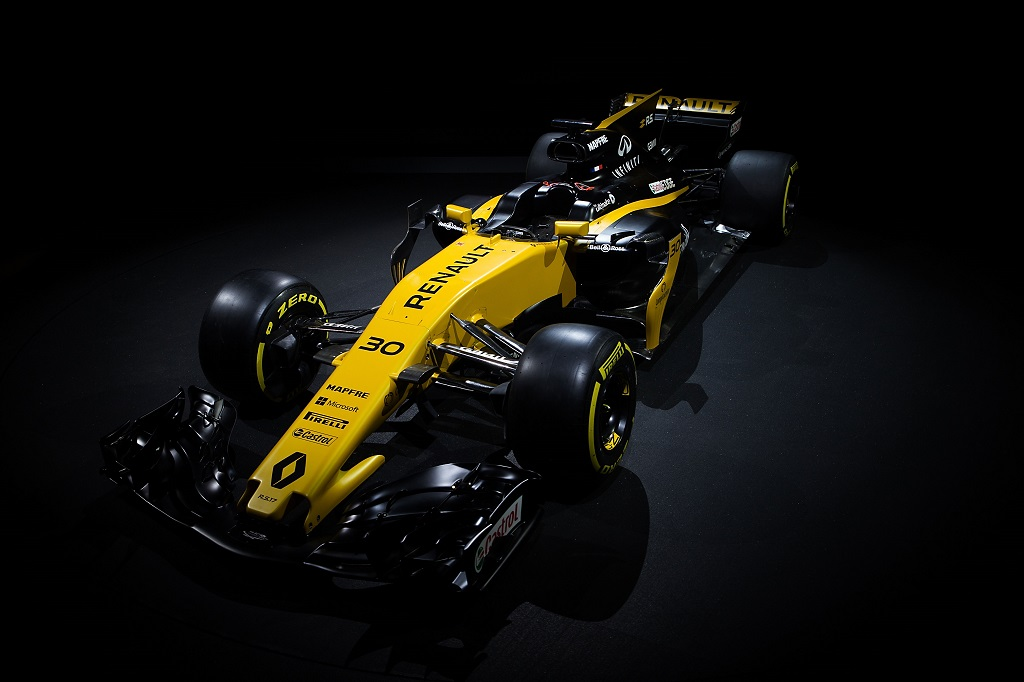 renault aiming fifth.jpg