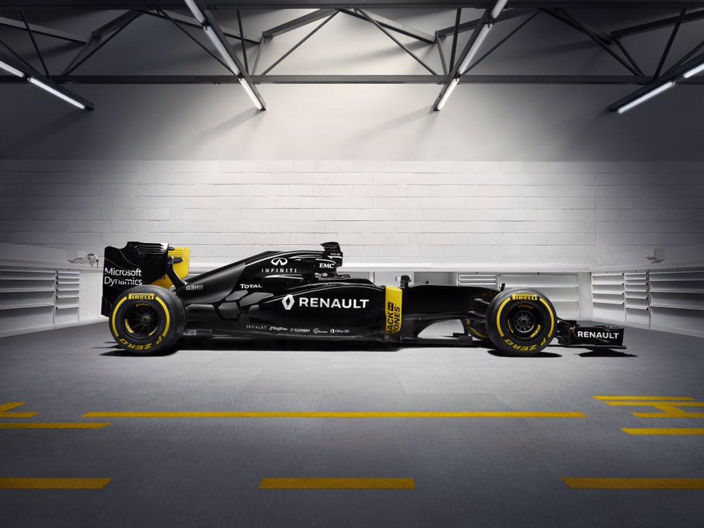 renault f1 car.jpg