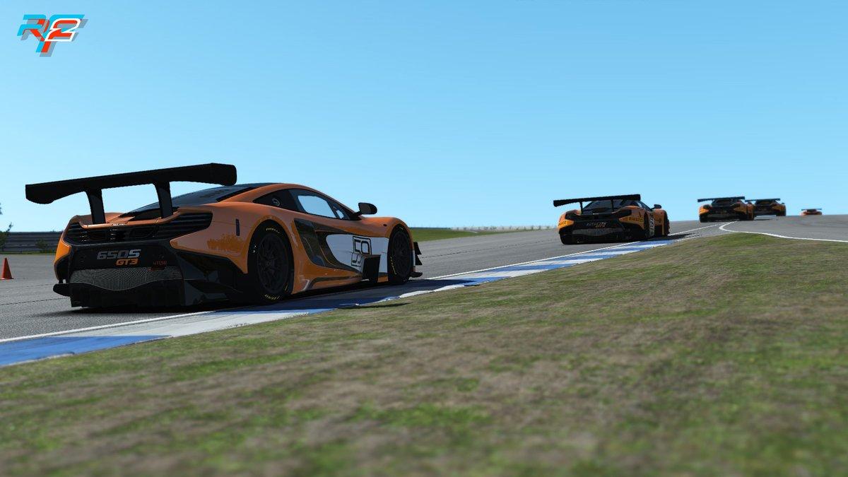 rF2 McLaren 650S GT3 1.jpg