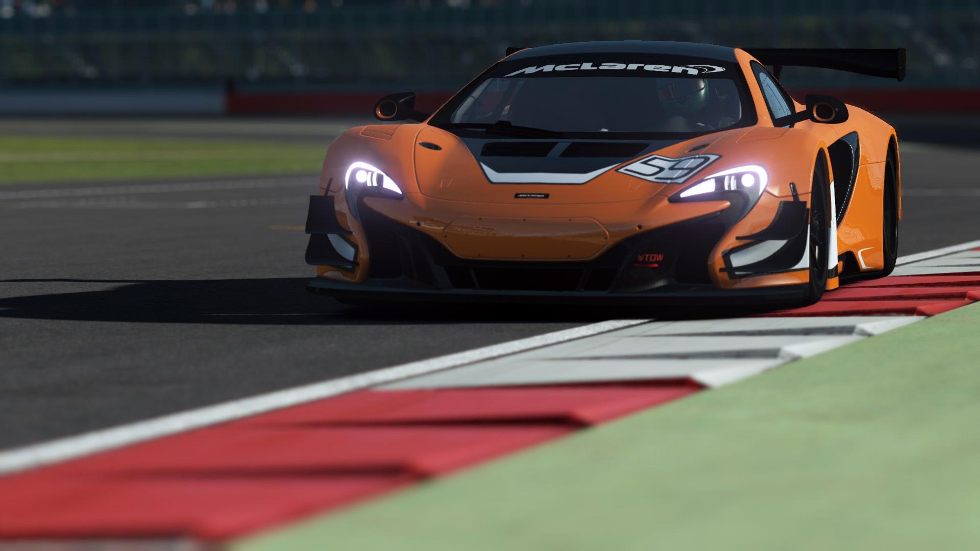 rF2 McLaren 650S GT3.jpg