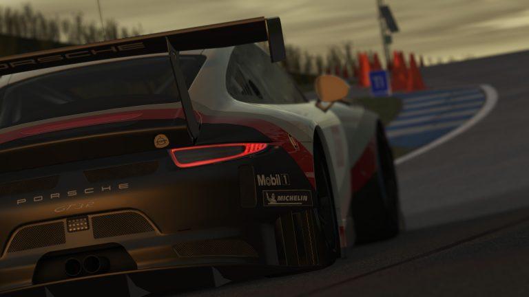 rF2 Porsche 911 GT3 R 2.jpg