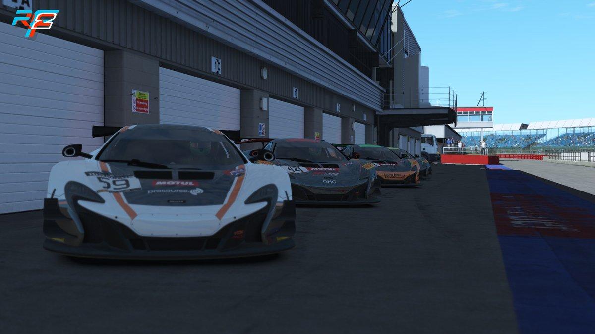rFactor 2 McLaren 650s 3.jpg