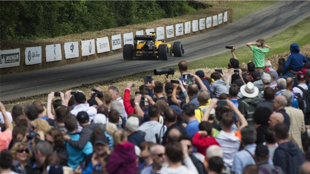 Robert Kubica Renault Test 4.jpg