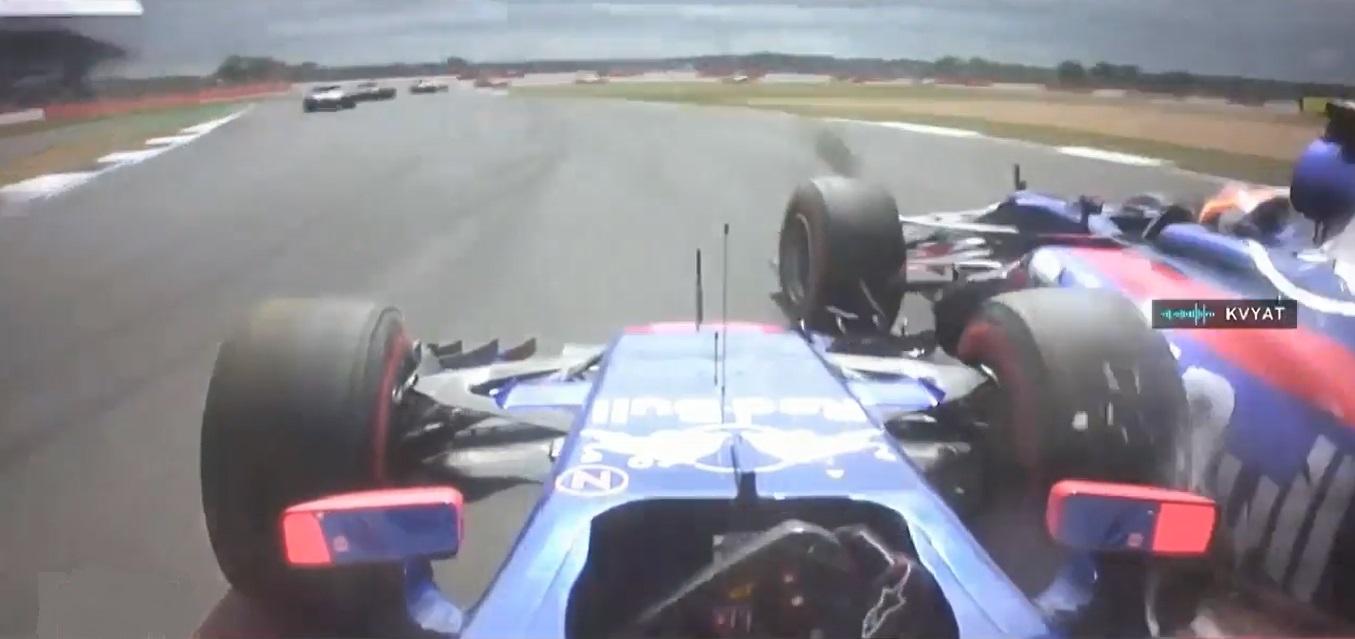 Sainz Kvyat Crash - British Grand Prix 2.jpg