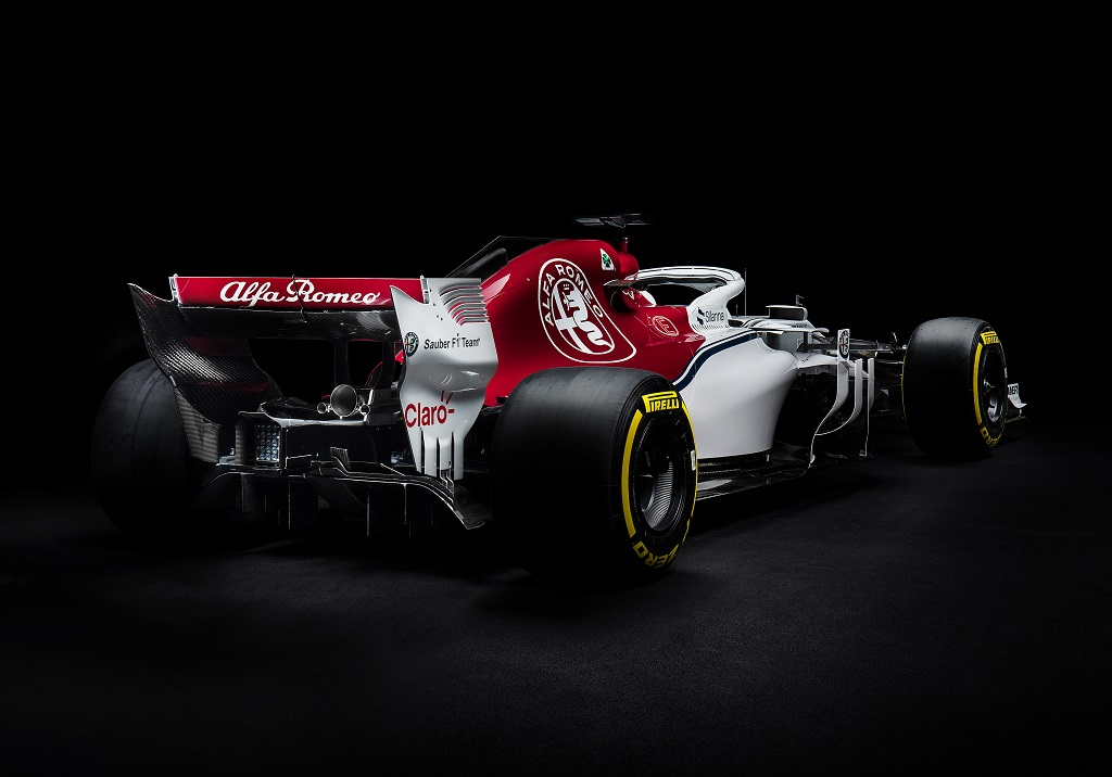 Sauber C37 F1 2018 Launch 1.jpg