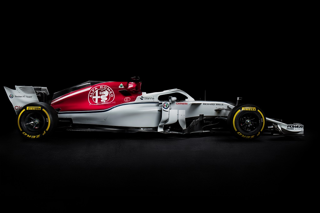 Sauber C37 F1 2018 Launch 3.jpg