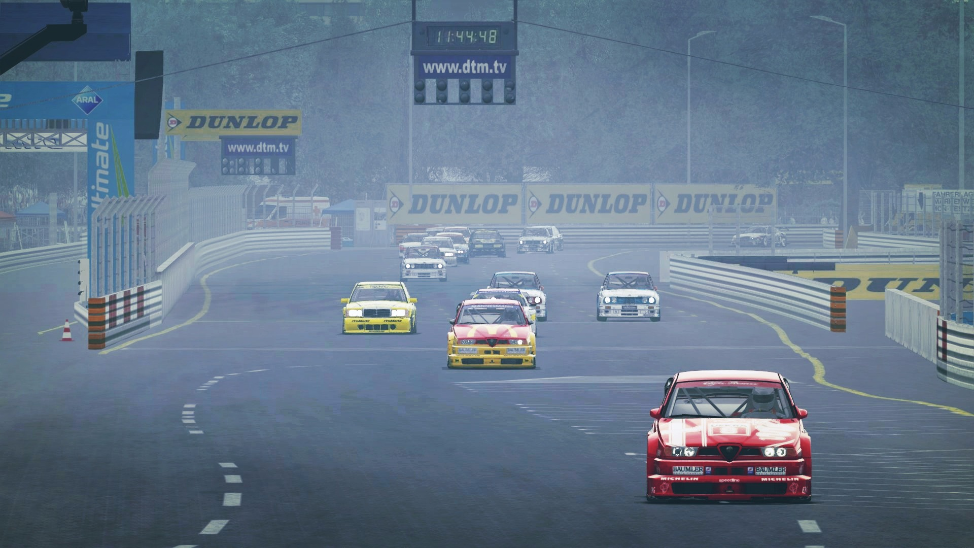 Screenshot_bmw_m3_e30_dtm_norisring_6-8-117-17-53-34.jpg