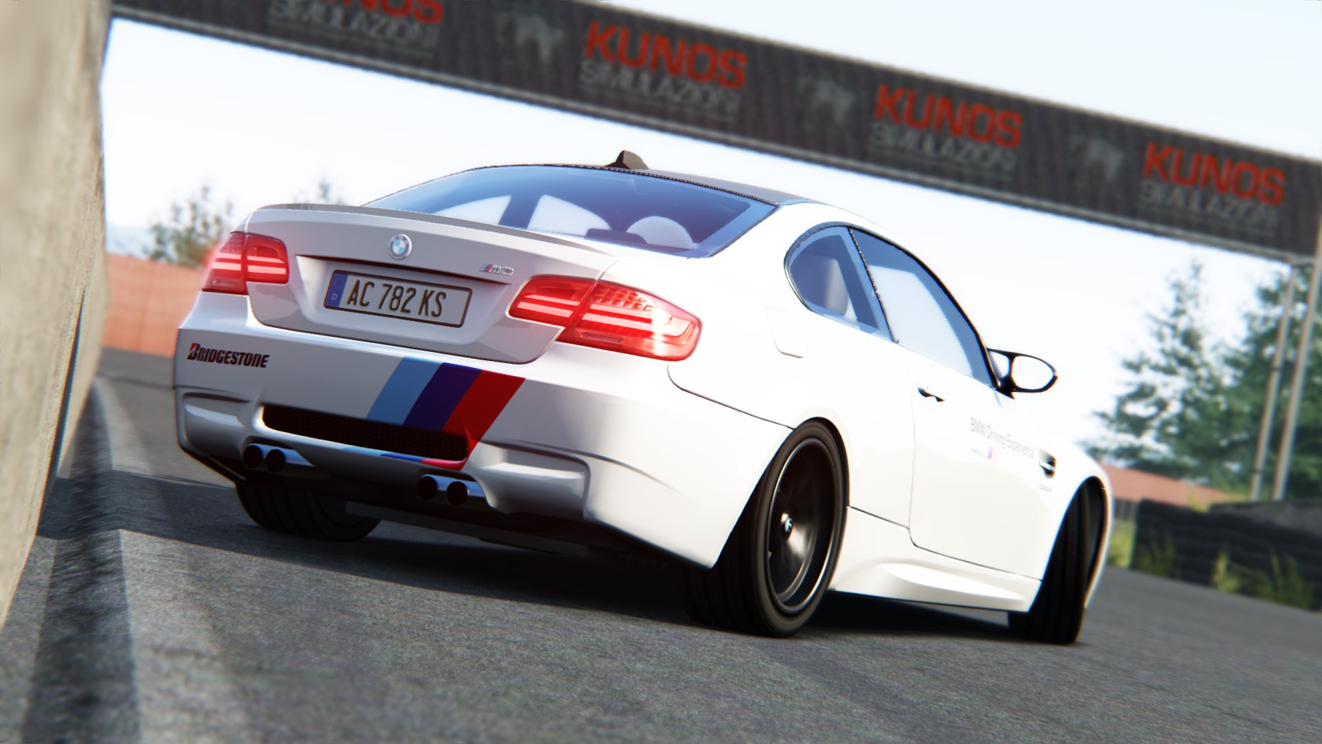 Screenshot_bmw_m3_e92_drift_yz_west_3-4-116-22-43-15.jpg