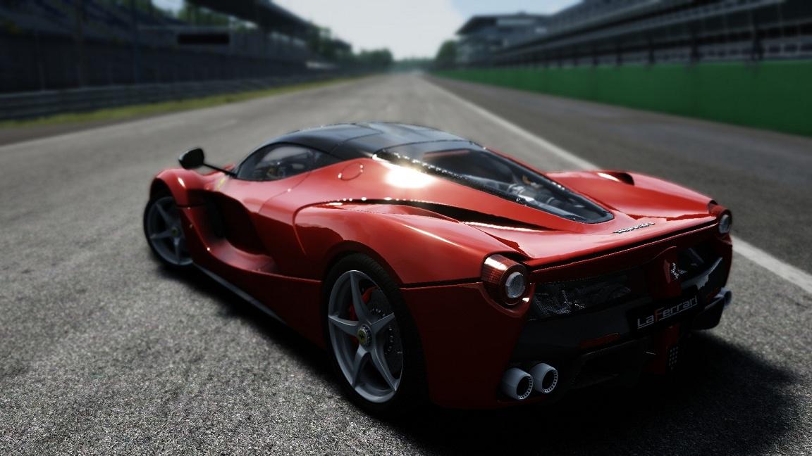 etto Corsa: LaFerrari Review | RaceDepartment