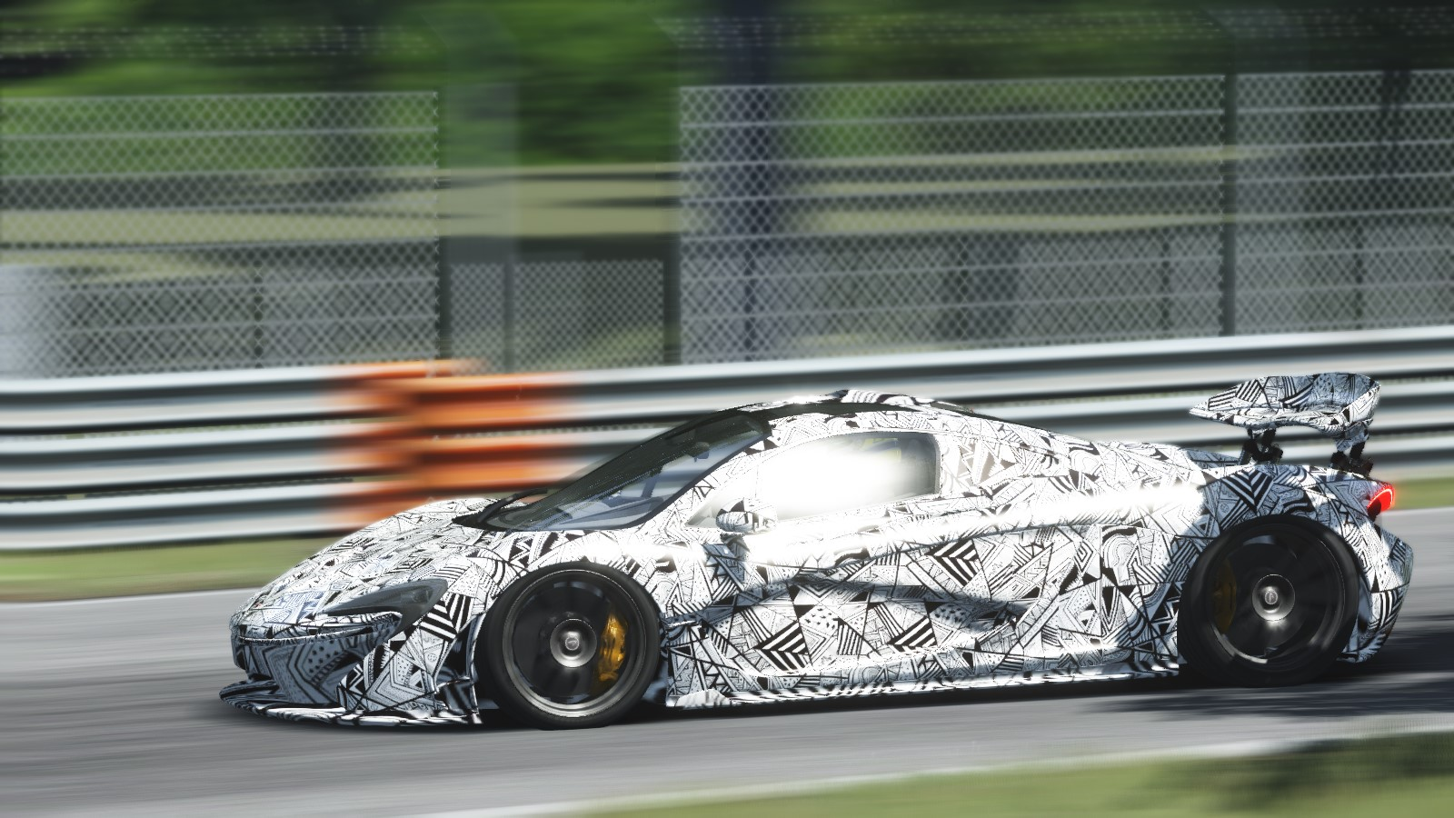 Screenshot_ks_mclaren_p1_monza_9-5-115-21-3-18.jpg