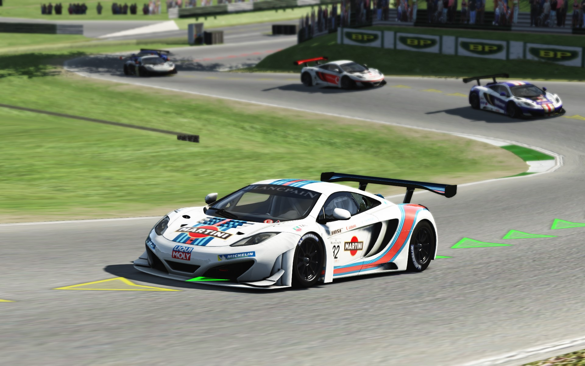 Screenshot_mclaren_mp412c_gt3_cadwell_21-6-115-15-25-43.jpg
