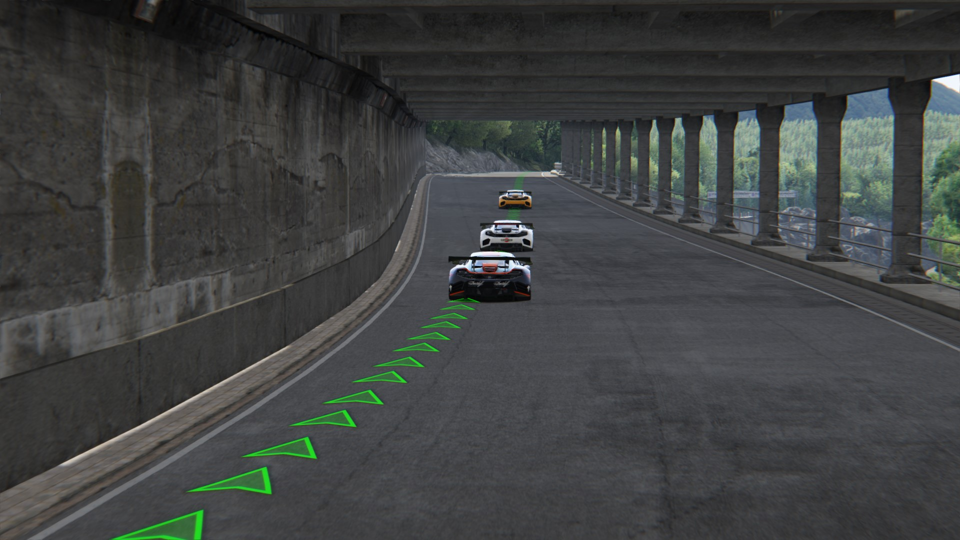 Screenshot_mclaren_mp412c_gt3_deepforest_raceway_1-6-120-22-33-16.jpg
