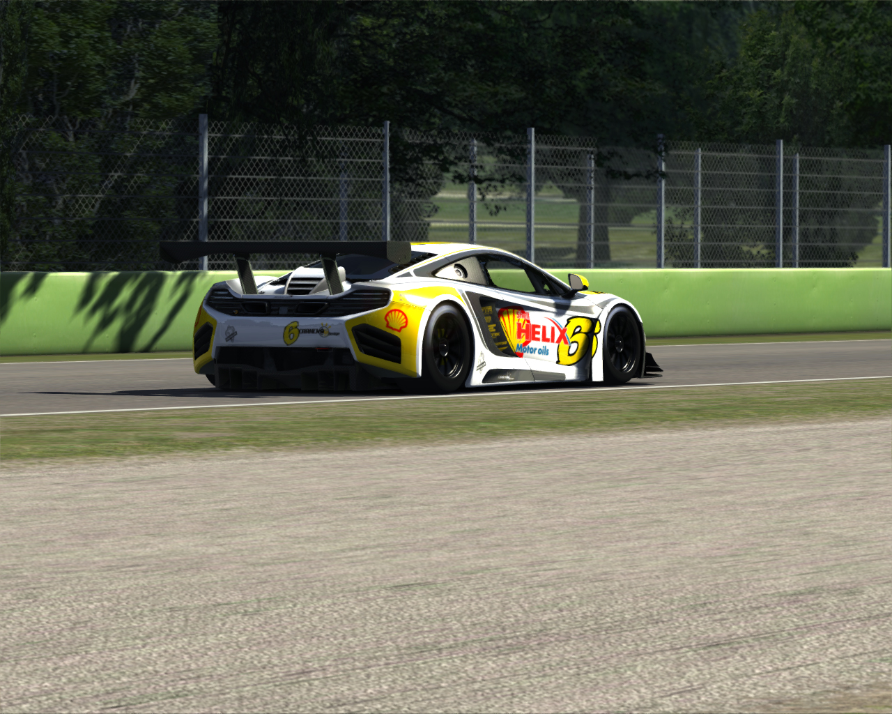 Screenshot_mclaren_mp412c_gt3_imola_5-7-2014-10-28-48.jpg