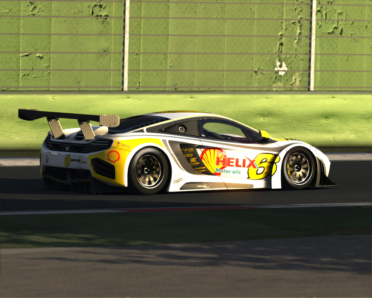 Screenshot_mclaren_mp412c_gt3_imola_5-7-2014-10-32-44.jpg