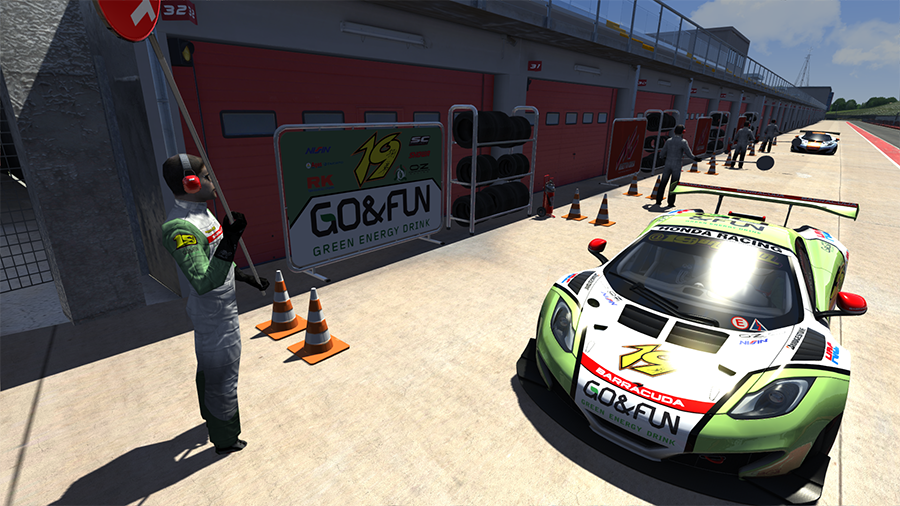 Screenshot_mclaren_mp412c_gt3_imola_6-7-2014-12-55-9.png