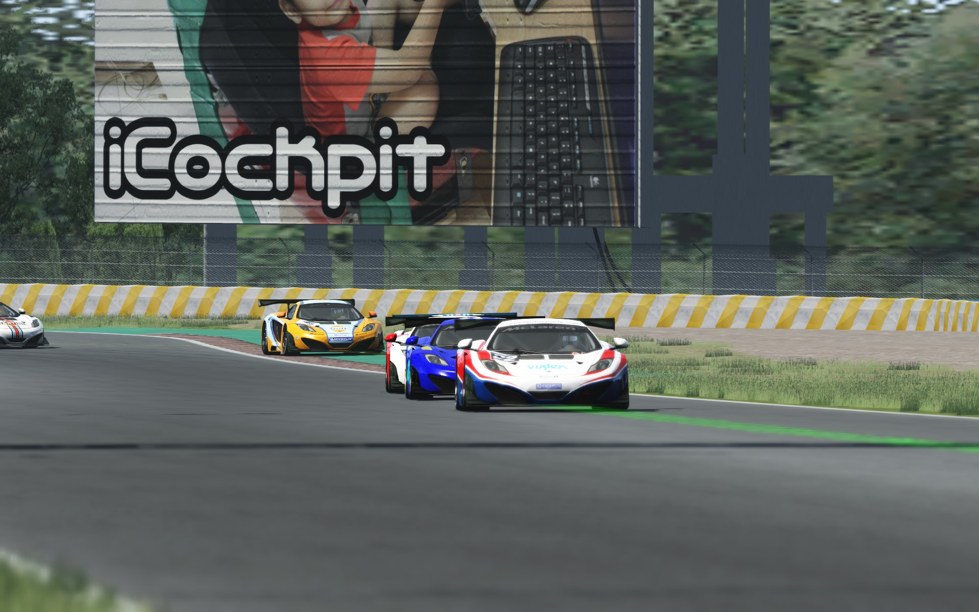 Screenshot_mclaren_mp412c_gt3_sentul_circuit_30-7-115-12-44-12.jpg