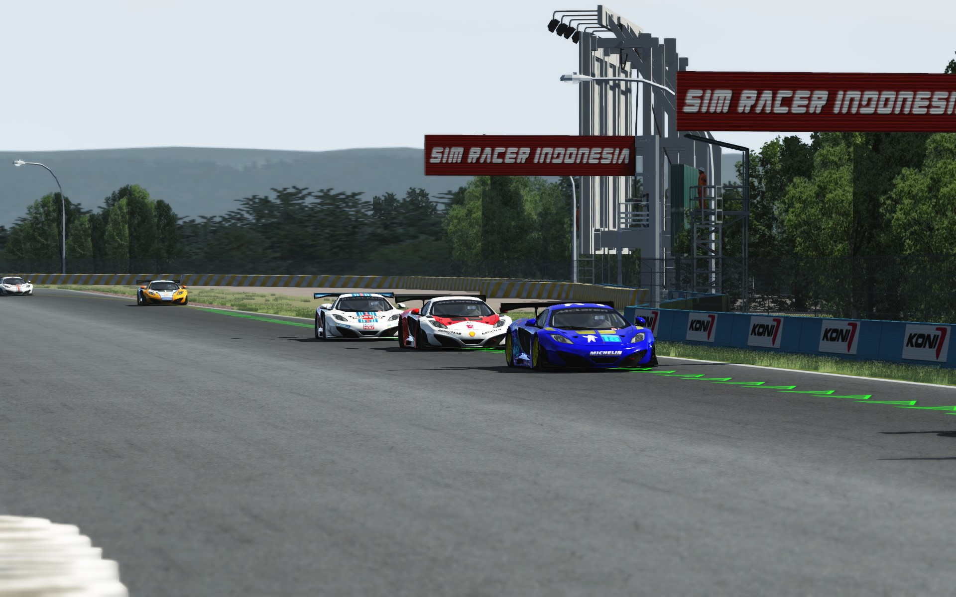 Screenshot_mclaren_mp412c_gt3_sentul_circuit_30-7-115-12-49-27.jpg