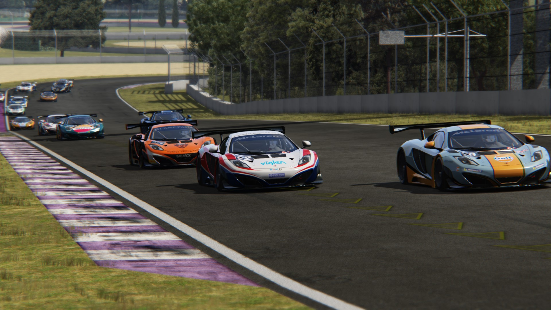 Screenshot_mclaren_mp412c_gt3_toscana_22-5-117-15-27-2.jpg