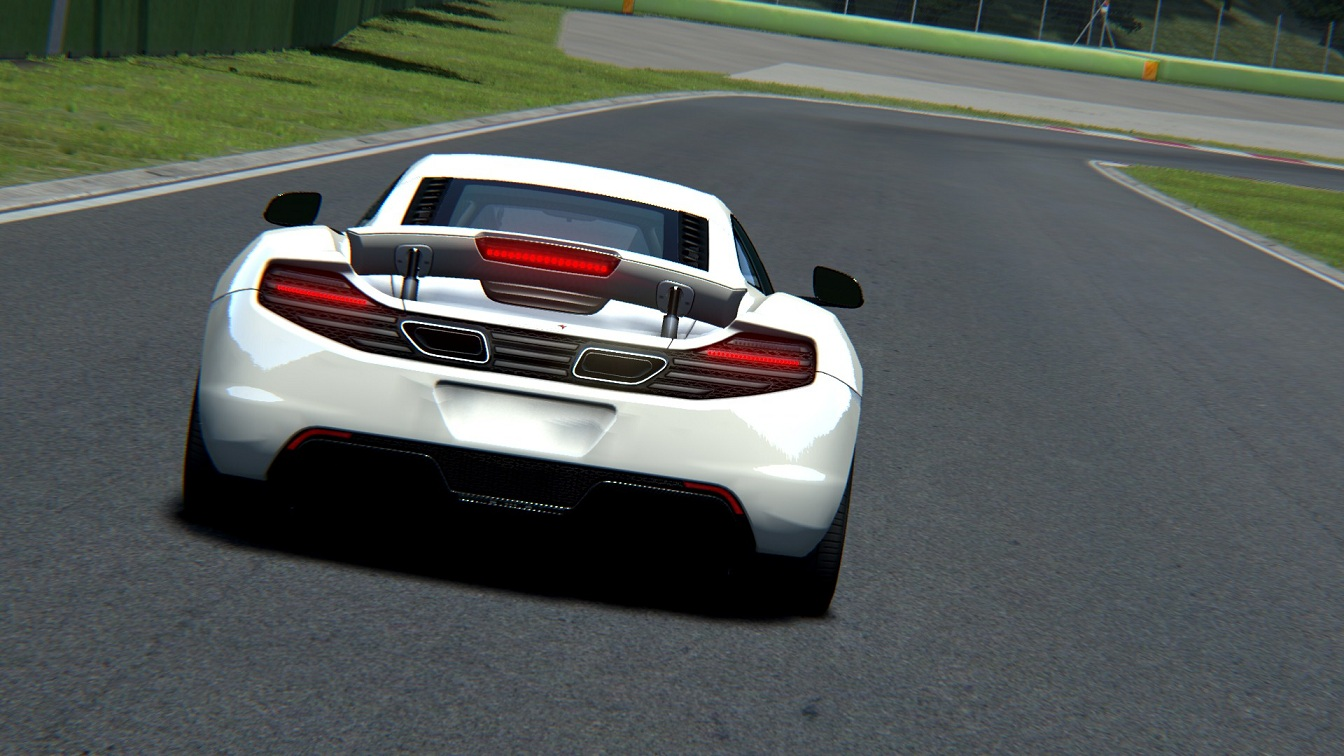 Screenshot_mclaren_mp412c_imola_30-7-115-10-56-11.jpg