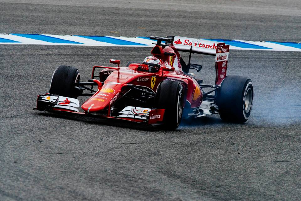 Scuderia Ferrari 2015.jpg