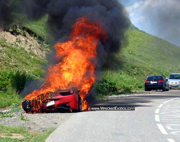 second-ferrari-458-italia-on-fire-2.jpg